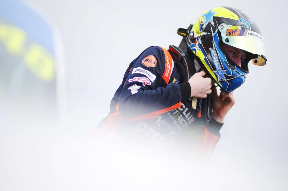 Acclaim Contracts, Sponsors of Fox Motorsport, Junior Season at Thruxton